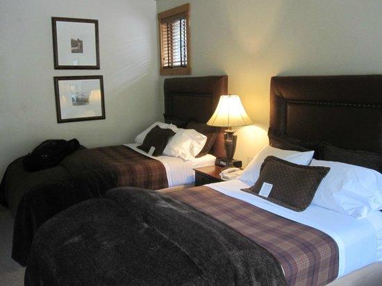 The Hotel Telluride: dbl/dbl room