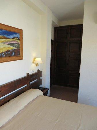 Hotel Lima Marbella: Einbauschrank