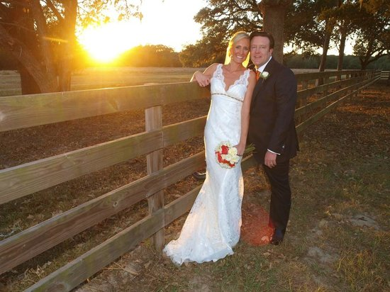 BlissWood Bed and Breakfast Ranch: Weddings at Blisswood