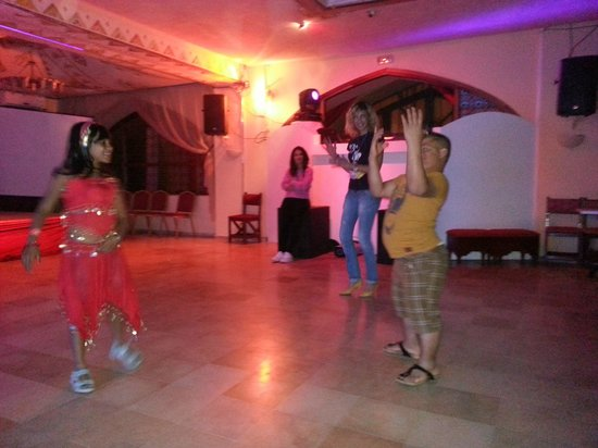 Hotel Diar Lemdina : kids disco