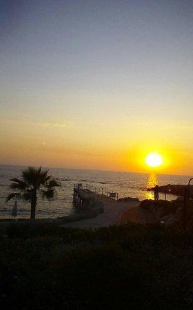 Kefalos Beach Tourist Village: sunset at kefalos
