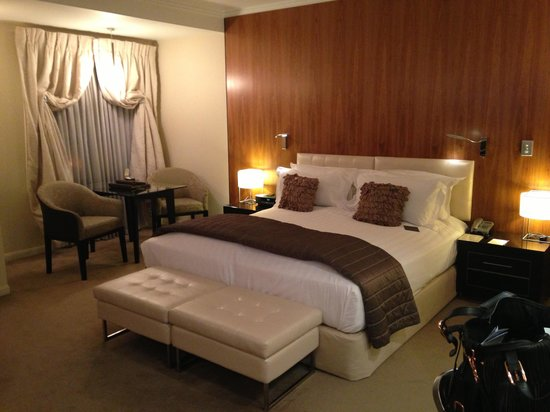 Sofitel Queenstown Hotel & Spa : Our room