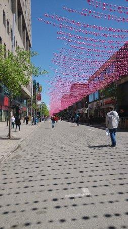 Gay Village: Colorful sunny stroll