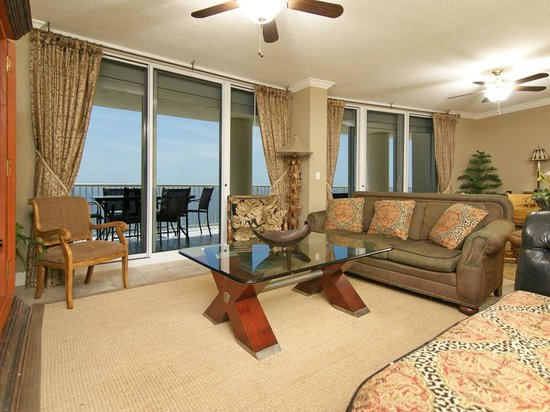 The Beach Club : Gulf Front Living Room