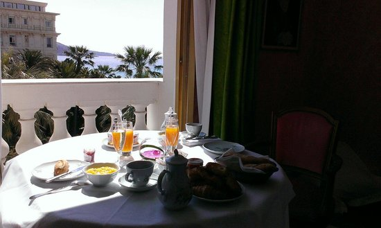Hotel Negresco: Breakfast with a view