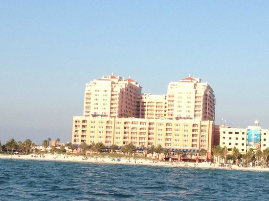 Hyatt Regency Clearwater Beach Resort & Spa: view of the hotel as seen from a sunset cruise