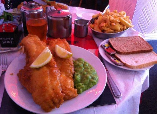 La Mirage: Large fish supper