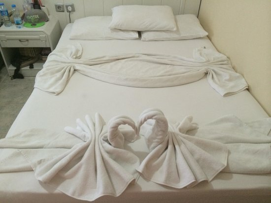 Melodi Hotel: Best maid in marmaris left this how lovely