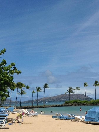 The Kahala Hotel & Resort: ビーチ
