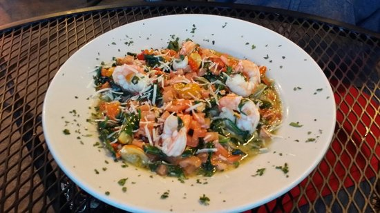 Pasquale's Place: Spinach Fettuccine Genovese with Shrimp