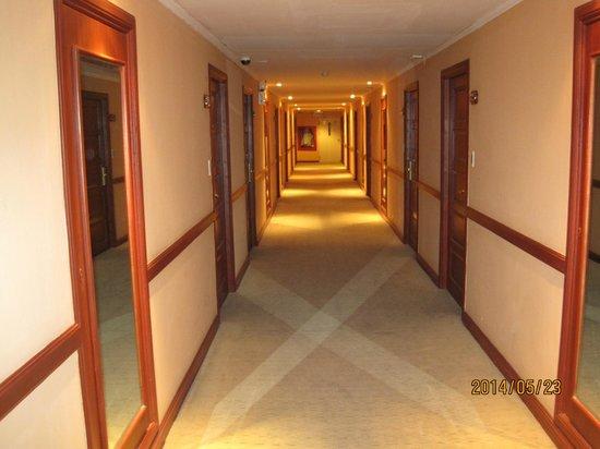 Hip Bangkok: In corridor