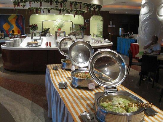 Hip Bangkok: Complimentary breakfast