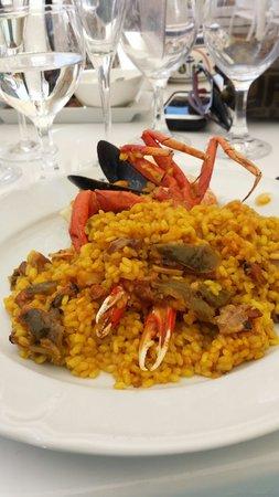 Juan y Andrea: Paella di pesce