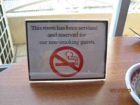 Hip Bangkok: Non-Smoking sign in room