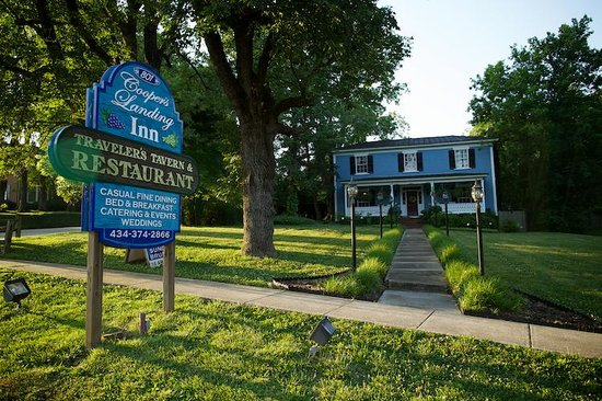 Cooper's Landing Inn: A Romantic Escape in Lake Country