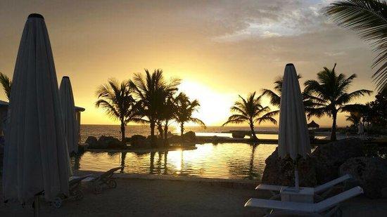 Puesta de sol - TRACADERO Beach Club