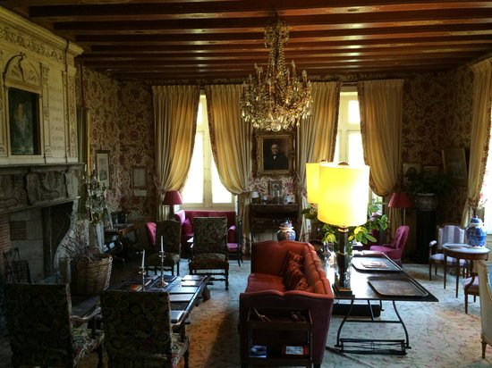 Chateau de la Bourdaisiere: Chateau Living Room