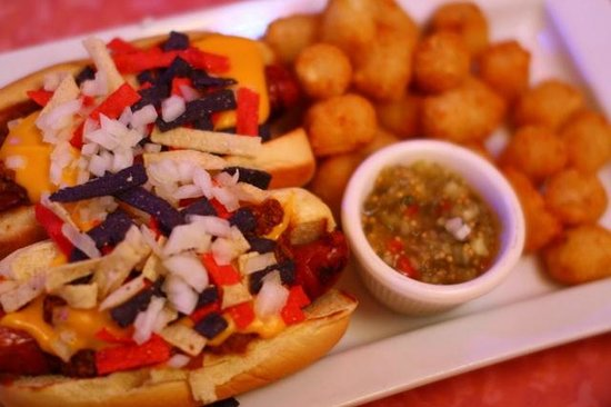 Big Daddy's : Usinger Chili Dogs