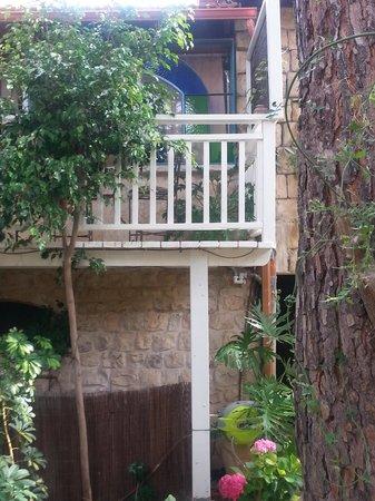 Pina Balev: The Balcony