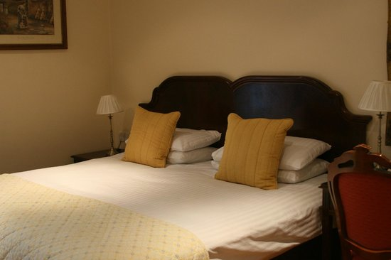 Granville Hotel: Double bed