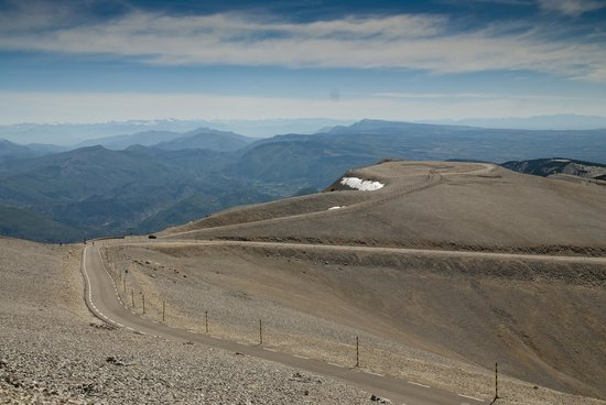 Mont Ventoux : outstanding views in every direction
