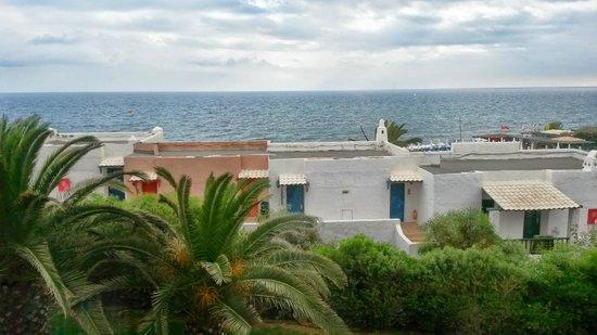 Aldemar Cretan Village : hotel rooms from outside