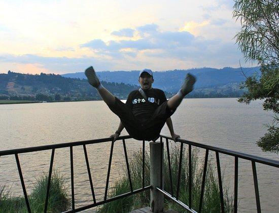 Estelar Paipa Hotel & Convention Center: Desde cualquier lugar ese lago tiene unas vistas increiibless! Se nota que estaba feliz?