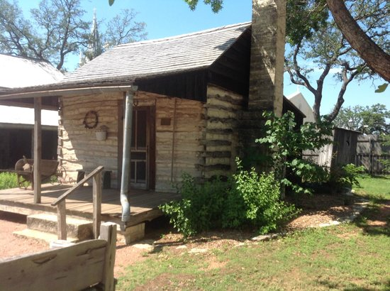 cabins barons lodging creekside in fredericksburg tx family homes property