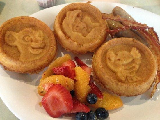 Disney's Art of Animation Resort: Character waffles!