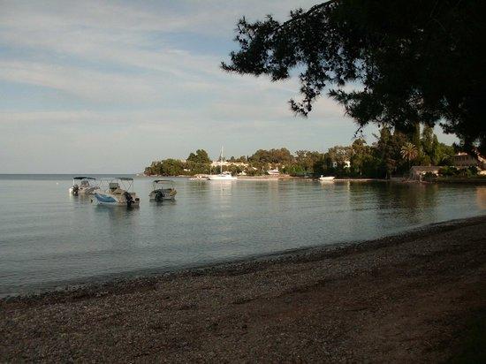 Hotel Magna Graecia: Dassia Bay.