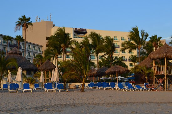 Hard Rock Hotel Vallarta: Hard Rock from Beach