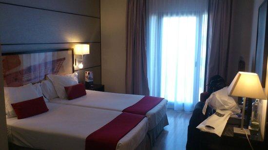 H10 Universitat Hotel: Quarto