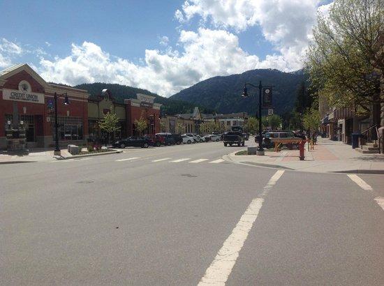 Alpine Grind: downtown Rossland