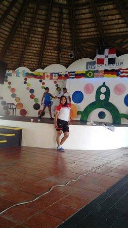 BelleVue Dominican Bay: En el ensaño de los chicos Dominican bay
