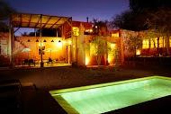 Casa Solcor Boutique Bed &Breakfast: Casa de noche