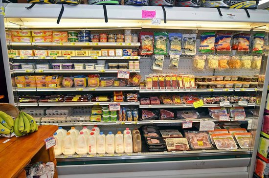 Clam Lake Junction: Fresh Dairy & Groceries