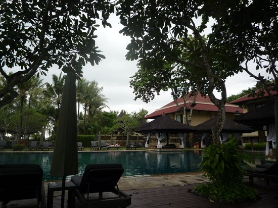 INTERCONTINENTAL Bali Resort: プールにて