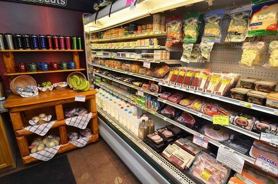 Clam Lake Junction: Fresh Groceries