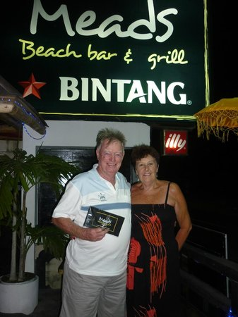 Meads Beach Bar & Grill: Jill & Jim Harris - enjoying their experience at Meads