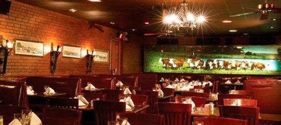 Inside Of Cattlemens Steakhouse Okc Picture Of Cattlemens