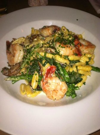 Terre a Terre: homemade pasta with broccoli rabe, exotic mushrooms, atlantic shrimp in a truffle alfredo