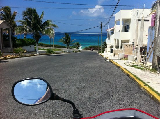 Ixchel Beach Hotel : Mid-island town. But beware scooters. Two in our party crashed & we saw a bad wreck.
