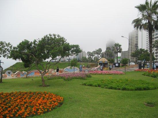 Malecón de Miraflores: Lovers Park