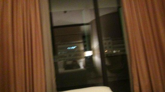 Turim Av Liberdade Hotel: View from the bed