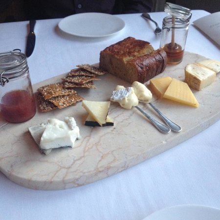 L'Espalier: Cheese Selection