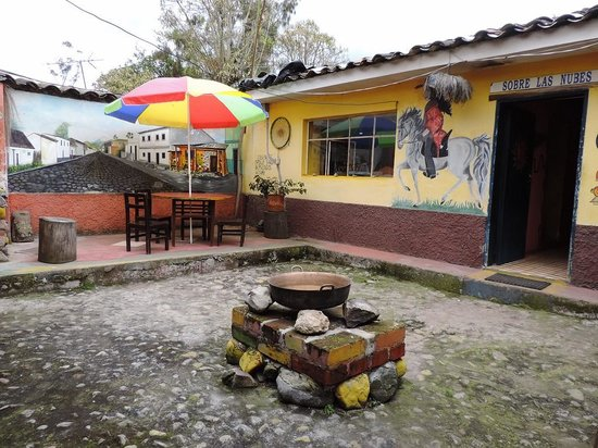 Hostal Refugio Terra Esperanza: Patio