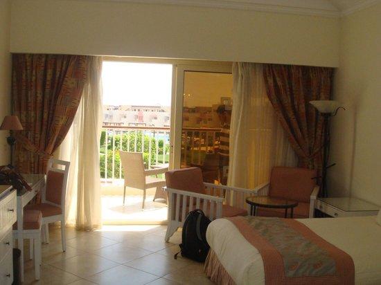 SUNRISE Grand Select Crystal Bay Resort : balcony