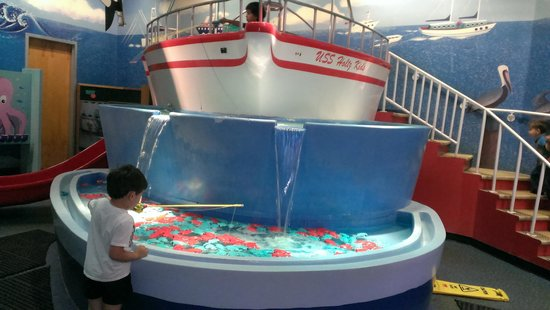 Miami Children's Museum : fishing boat.