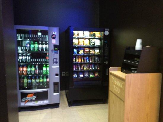 40 Berkeley : Máquinas de refrigerantes