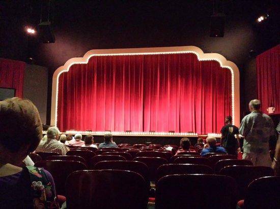 Historic Savannah Theatre : Stage